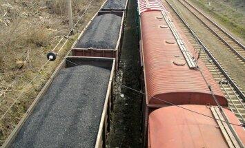 Ķīna aptur ogļu importu no Ziemeļkorejas