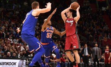 Porziņģim 15 punkti 'Knicks' zaudējumā pagarinājumā 'Heat' komandai