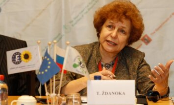 Notikušo Krimā Ždanoka nodēvē par 'krievu atmodu'