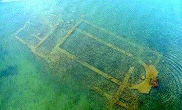 Turcijā ezera dzīlēs atrod kristiešu baziliku