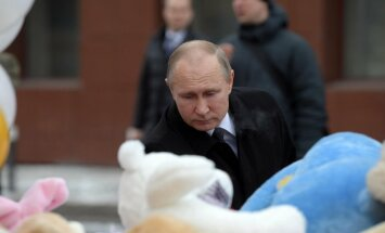 Путин объявил общенациональный траур по жертвам пожара в Кемерово
