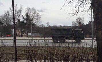 Latviju svētdien šķērso 40 ASV militārās tehnikas vienības