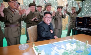 Kims Čenuns: Ziemeļkorejas raķetes spēj uzbrukt ASV interesēm