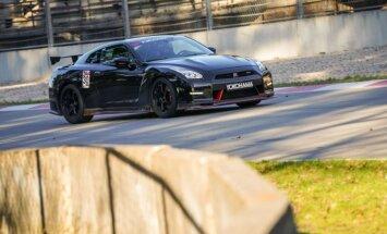Minišosejas sezonas atklāšanā triumfē Liepiņš ar 'Nissan GT-R'