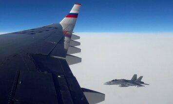 Igaunijas gaisa telpu pārkāpušas Krievijas lidmašīnas - iespējams, arī Putina reiss