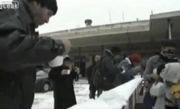 Video: Ziemeļkorejas propaganda par 'nožēlojamo' dzīvi Rietumos