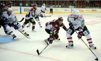 Rīgas 'Dinamo' sezonas pēdējā izbraukuma spēlē sacenšas ar Kuldas pārstāvēto 'Sibirj' komandu