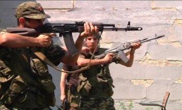 Video: Divi spāņi karo kopā ar Ukrainas promaskaviskajiem kaujiniekiem