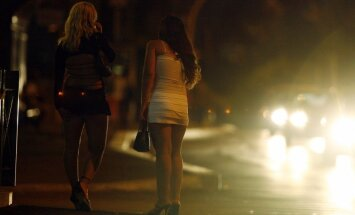 NVO par prostitūtām ir vairāk uztraukušās nekā valsts, secina eksperte