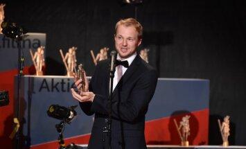 'Lielais Kristaps': Triumfē 'Es esmu šeit' un dokumentālā filma 'Saules staros'