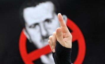 Laikraksts: Apmaiņā pret Asada galvu Saūda Arābija piedāvā Krievijai naftas cenu karteli ES