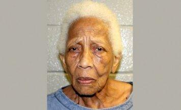 ASV aizturēta 86 gadus veca dārglietu zagle-recidīviste