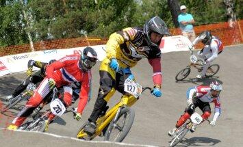 Treimanis Pasaules kausa pirmajā posmā BMX superkrosā izcīna ceturto vietu