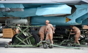 Atsists dronu uzbrukums Krievijas militārajai bāzei Sīrijā