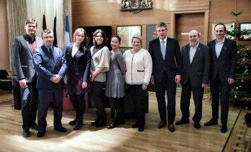 Ушаков встретился с активистами протестов против реформы школ нацменьшинств