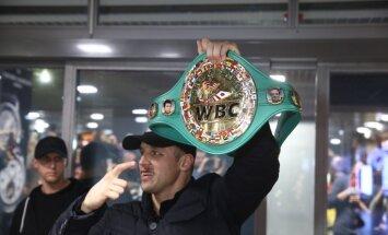 Государство планирует наградить Бриедиса как чемпиона мира