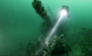 Javas jūrā nozagti Nīderlandes karakuģu vraki