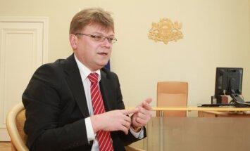 Tiesa VL prasību pret Štokenbergu par aizvainojošiem apgalvojumiem izskata slēgtā sēdē