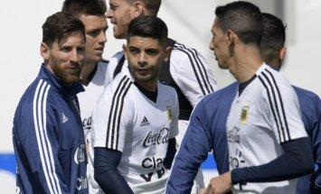 Pasaules kausa 8. diena: Argentīna lūko pēc pirmās uzvaras, Francija un Dānija — pēc astotdaļfināla