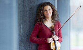 Rudens kamermūzikas festivāls noslēgsies ar itāļu vijolnieci Lorencu Borrani un 'Sinfonietta Rīga'