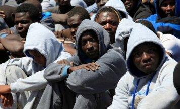 Латвия увеличила пособие беженцам: теперь будут получать 3 евро в день