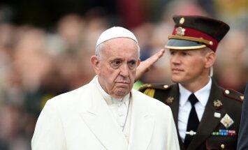 Папа Франциск призвал латвийцев смотреть выше и шире собственных интересов