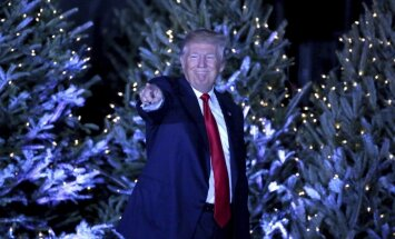 'Bezprezidenta gadījums': Trampa pārrakstīšanās tviterī izraisa ažiotāžu