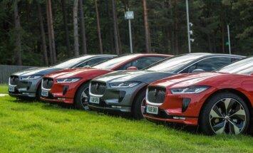 Foto: Latvijā prezentēts 'Jaguar' elektromobilis 'I-Pace'