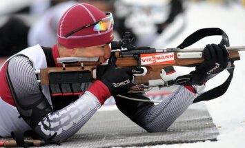 Piksons un Krūmiņa kļūst par Latvijas čempioniem biatlonā, Bricim sudrabs