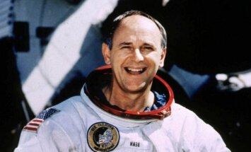 86 gadu vecumā miris Alans Bīns – ceturtais cilvēks, kurš bijis uz Mēness