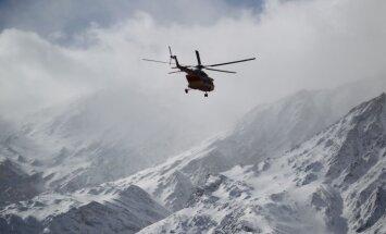 В Иране продолжаются поиски разбившегося пассажирского самолета