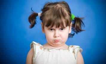 Jautājums piņķerīgs, atbildes vienkāršas: kāpēc bērni neklausa