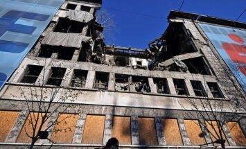 Serbija piemin NATO bombardēšanas 15.gadadienu