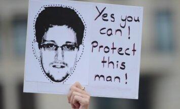 Advokāts noraida minējumus par Snoudena iespējamo izdošanu ASV