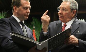 Krievija daļēji norakstīs Kubas parādu Padomju Savienībai