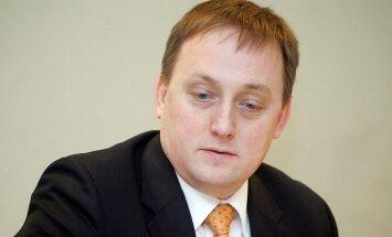 Экономист Swedbank: в следующем году средняя зарплата в Латвии вырастет до 1000 евро