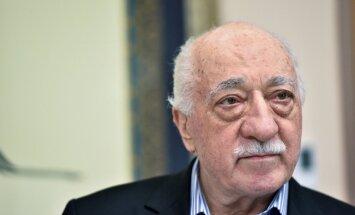 Turcija oficiāli pieprasījusi ASV izdot Gilenu