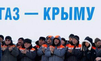Putins atklāj gāzesvadu uz okupēto Krimu; sagaida ekonomikas uzplaukumu