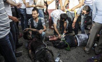Pašnāvnieka spridzinātāja sarīkotā eksplozijā Turcijā bojāgājušo skaits pieaug līdz 31