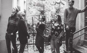 Noklausies! Arturs Skutelis un 'Tvērumi' publicē pēdējo jaunā albuma priekšvēstnesi