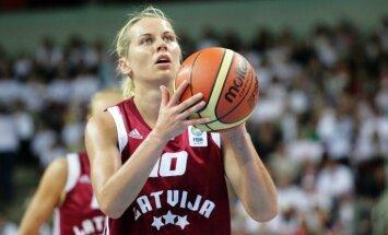 Jēkabsonei-Žogotai trīs punkti komandas panākumā WNBA spēlē