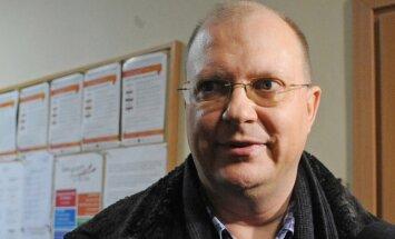 Aizdomās par spiegošanu turēts Krievijas žurnālists dosies prom no Polijas