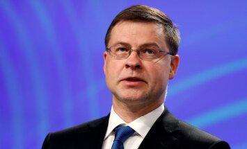 Домбровскис: Латвия должна быстро отреагировать на проблемы в финансовом секторе