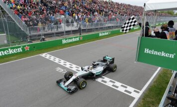 Hamiltons izrauj Fetelam uzvaru Kanādas 'Grand Prix' izcīņā