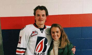 ФОТО: Новая звезда латвийского хоккея Рудольф Балцерс и его симпатичная подруга