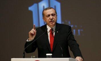 Erdogans: Krievijai jāpaskaidro, ko tā dara Ukrainā, pirms runāt par armēņu genocīdu