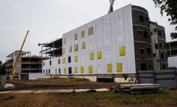 Būvnieku kavēšanās dēļ EK varētu lūgt pagarināt Stradiņa slimnīcas jaunā korpusa nodošanu