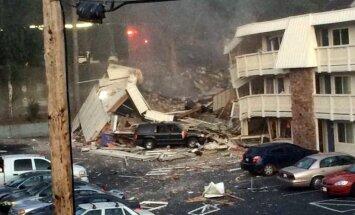 Gāzes noplūdes dēļ ASV daļēji sabrucis motelis