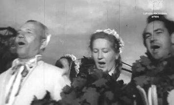 Ceļojums laikā: Kā Jāņus svinēja mūsu vecmāmiņu jaunībā Pļaviņās