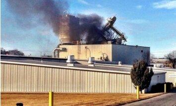Sprādzienā dzīvnieku barības fabrikā Nebraskā divi bojāgājušie